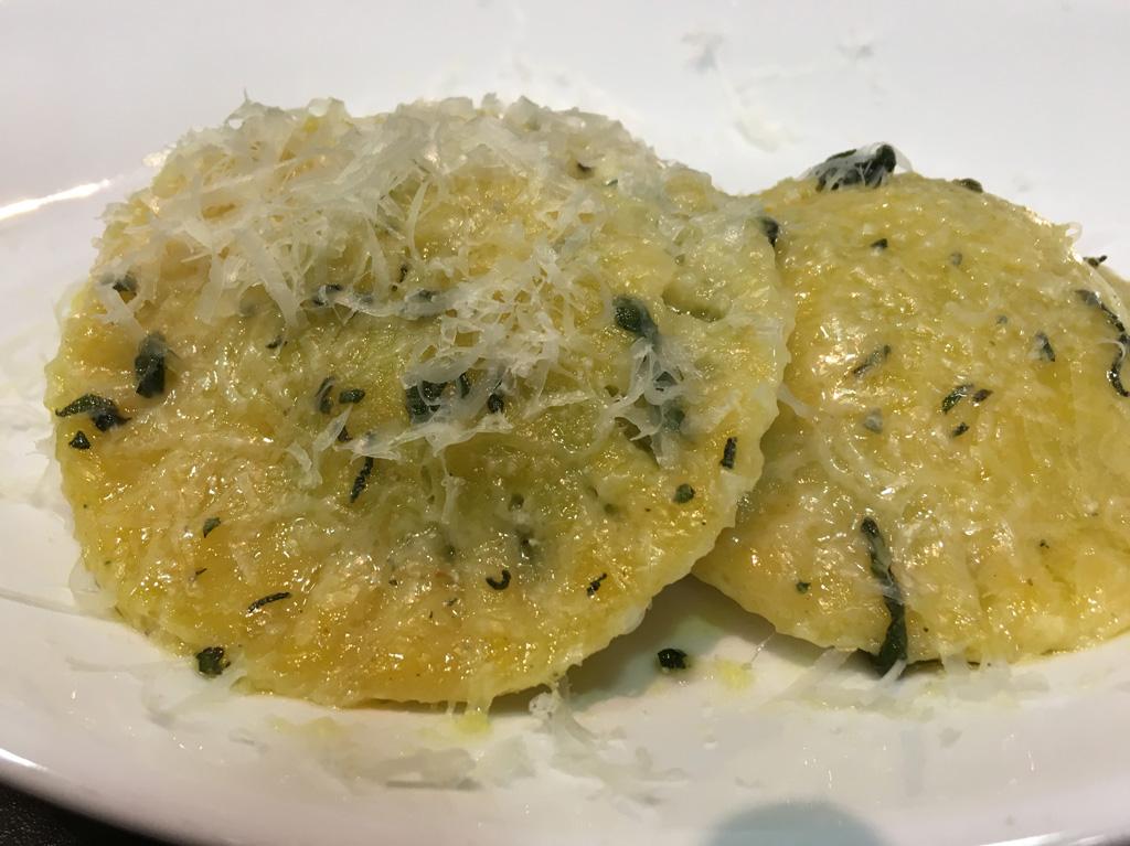 Homemade und selbstgemachte Pasta. Besuch eines Pastakurs